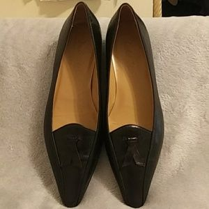 Marshall Fields leather black shoes
